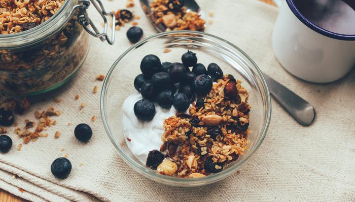Eat a Healthy Breakfast healthy eating habits tips bodyviva