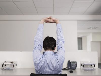 60 Second Sitting Exercise Routine You can do at Your Desk